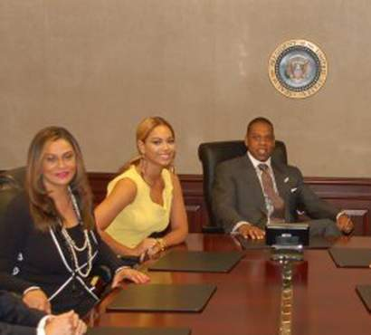 Beyonce-jay-z-tina-knowles-attend-the-white-house-photos-01jpeg__oPt